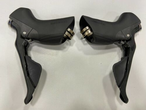Shimano Ultegra 2x11-speed ST-R8000 R8000 Dual Control Lever Shifter Pair (L+R)