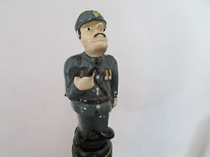 ARMY-OFFICER-NOVELTY-WINE-BOTTLE-STOPPER-GIFT-BOXED-WINE-SAVER-CAKE-TOPPER
