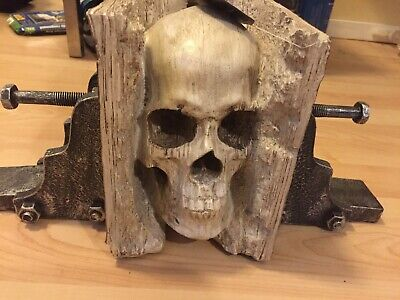 RESIN LARGE SKULL LIGHT UP EYES BOOKEND GOTH STEAMPUNK TABLE DECOR
