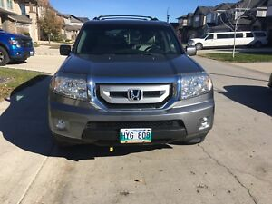 2009 HONDA PILOT EX-L One owner only 107,000kms