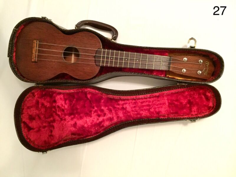 Vintage Martin Style O Soprano Ukulele with Case, xtras. Excellent condition