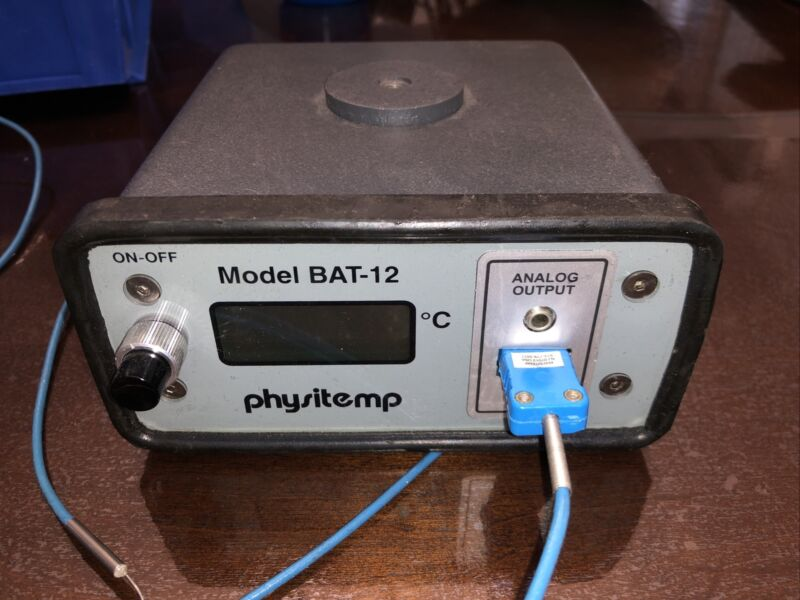 PHYSITEMP MODEL BAT-12 MICROPROBE THERMOMETER