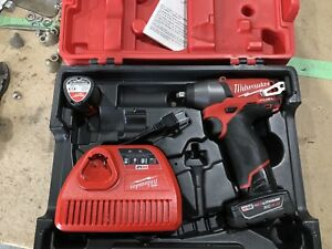 "Milwaukee 2454-22XC 3/8"" M12 Fuel Impact Wrench Kit"