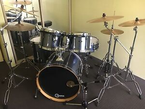 Tama Drumkit with 2002s and ufip cymbals Arndell Park Blacktown Area Preview
