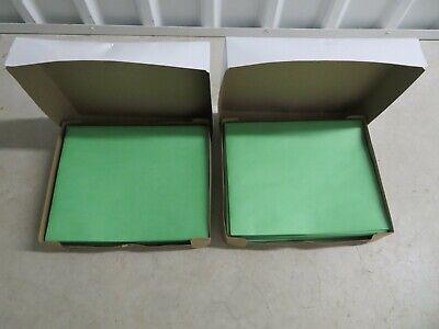 2 Staples Twin Pocket Folders 25 Letter Size Portfolios Per Box Green 27533-cc