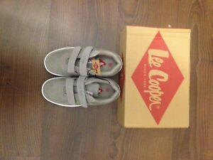 Lee cooper sneakers size 13