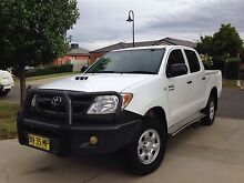 Toyota hilux 2006 4x4 sr turbo diesel Glenfield Park Wagga Wagga City Preview