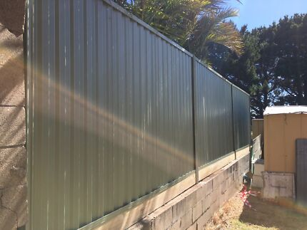 Sydney Colorbond Fencing -AAA