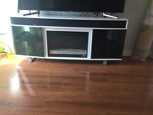TV stand /Electronic fire Place / speakers
