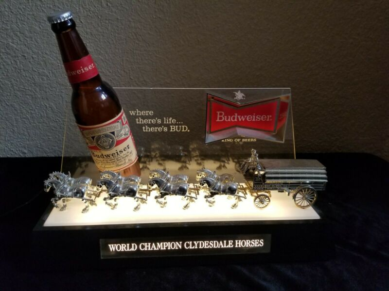 Budweiser Beer World Champion Clydesdale Horses Lighted Sign Very Nice