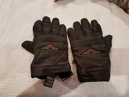 Harley Davidson top wing leather gloves