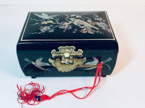 Vintage Korean Black Lacquer With Inlay Musical Jewelry Box With Key