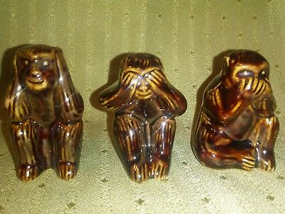 HEAR, SEE AND SPEAK NO EVIL POTTERY MONKEY TRIO CERAMIC ~ free shipping