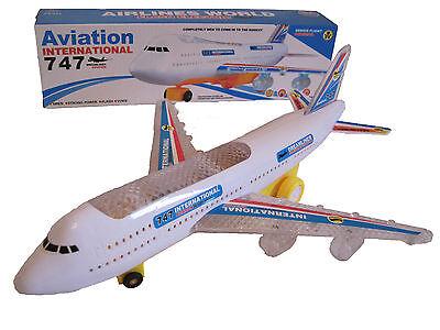 Elektro Flugzeug Airbus Boeing mit Light Sound Elektrisches Spielzeug Flieger