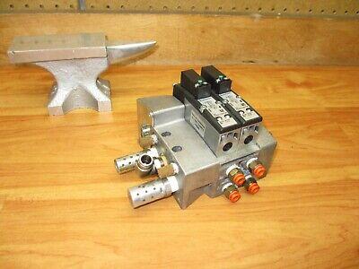 Pennair Pneumatic Valve Manifold Assembly Qty 2 Norgren Valves Vs26g517df313a