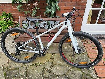 Carbon Hardtail Mountain Bike White SRAM 11 Speed SL-K 29er