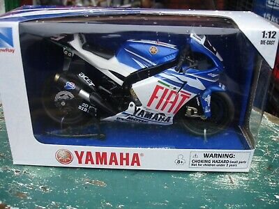 YAMAHA YZR.M1, COLIN EDWARDS, GP07 RACING MOTORCYCLE, 1:12 *BNIB*