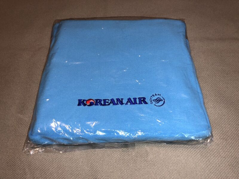 Korean Air Large Blanket 47 x 68 Inches New