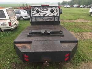 Deck off a 1 ton truck complete with a 5th wheel attachment