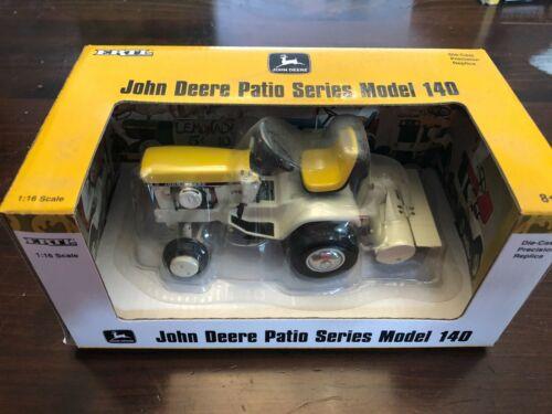 JOHN DEERE DIE CAST TRACTOR PATIO SERIES 140 - YELLOW