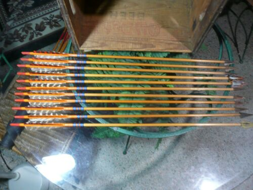 "11 Vintage Raulf Archery Cedar Arrows 30"" with Broad Heads"