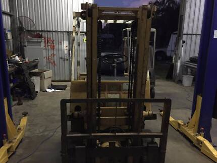 FORKLIFT - TCM - 1.5 TON PETROL - GOOD CONDITION