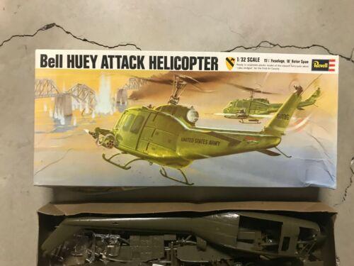 Vintage 1970 Revell 1/32 Bell Huey Attack helicopter Complete unbuilt H-259
