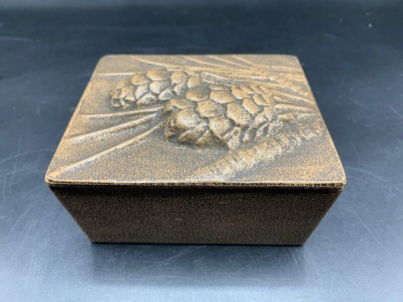 ESTATE FIND  CAST IRON METAL CRAFTSMAN TRINKET BOX- PINECONES