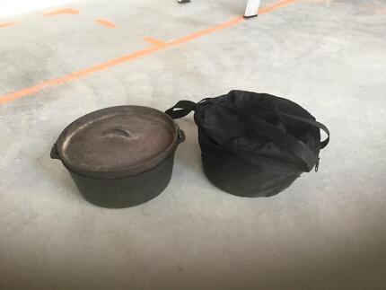 Cast Iron Camp Oven