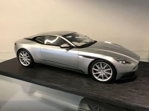 Aston Martin DB11 1:18 SCALE MODEL - Lightning Silver