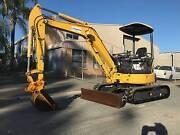 DRY HIRE RENTAL, KOMATSU PC35MR, 4 TON MINI EXCAVATOR, Arundel Gold Coast City Preview
