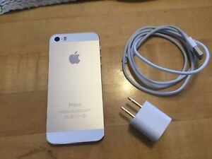 iPhone 5s/16g Mint and UNLOCKED!...$175.00...GOLD/WHITE