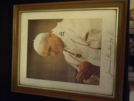 POPE JOHN PAUL II FRAMED PHOTO