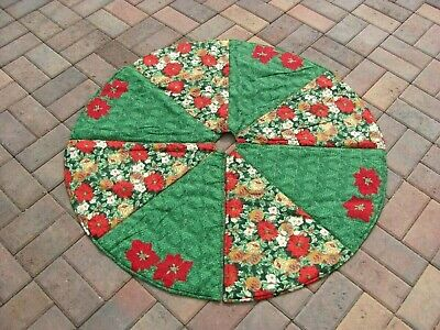 Vintage Handmade Red / Green Poinsettia Christmas Tree Skirt - 41""