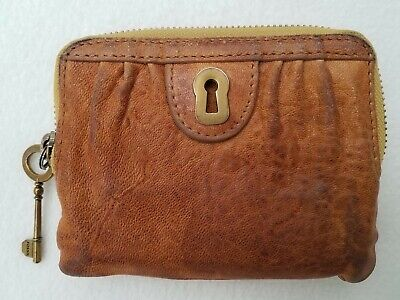 FOSSIL Keyhole Zip Around Card Wallet Coin Purse Distressed Tan Brown Leather