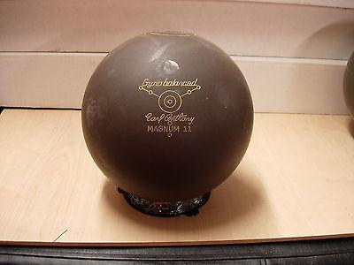 16(15lb 15-1/2oz) Tw 3-3/8 Ebonite 1982 Magnum 11 Bowling Ball Rubber/urethane
