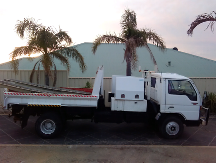 FORD TRADER TIPPER LOW KMS