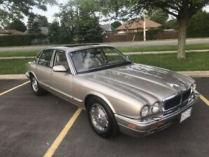 One owner Jag XJ6. Mint. Certified