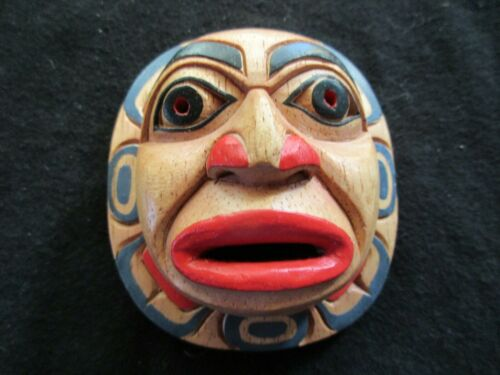 """CLASSIC NORTHWEST COAST DESIGN, """"SUN"""" CARVED WOODEN MASK  WY-0221*04652"""