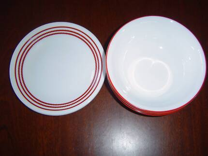 CLASSIC CAFÉ RED CORELLE BY CORNING WARE 4 CEREAL 3 B+B PLATES & Corelle 2 sets dinnerware + mugs | Dinnerware | Gumtree Australia ...