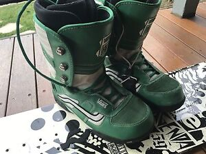 Ride Snowboard 159 & Vans Snowboard Boots size 10 Baulkham Hills The Hills District Preview
