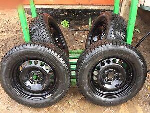 Chev Cruz winter tires and rims