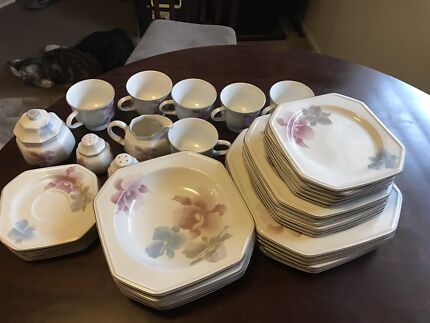 Mikasa Beau Monde Dinner Set