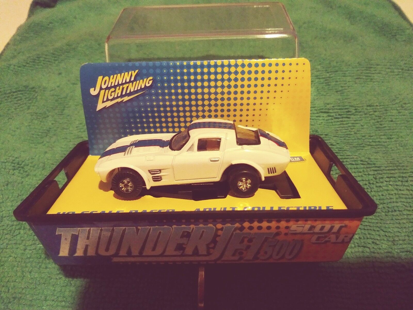 JOHNNY LIGHTNING TJET 500 SLOT CAR CHEVY CORVETTE GRAN SPORT WHITE W/BLUE STRIPE