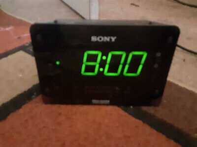 Sony Dream Machine ICF-C414 Dual Alarm Clock AM FM Radio Snooze Sleep Brightness