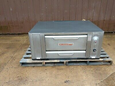 Blodgett 1000 Natural Deck Gas Pizza Oven New Stones 26 In Legs 120k Btu