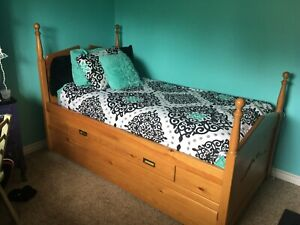 Single Trundle Bed with drawers
