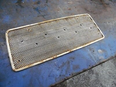 Ford 4000 3 Cylinder Gas Farm Tractor Upper Grill Insert