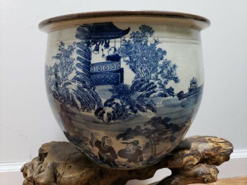 Chinese  Porcelain Hand painting Blue &White  Jar Pot Vase