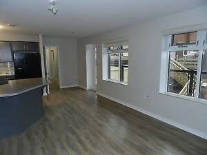 Courtyard View, Steps from Alderney Gate & Ferry
